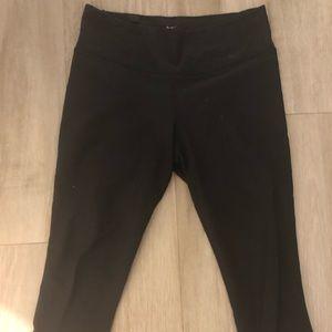 Nike Dri-fit black crop leggings, size M